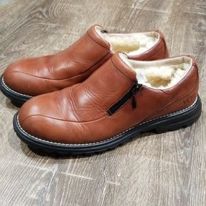 UGG brown leather fur lined side zip loafer size 8